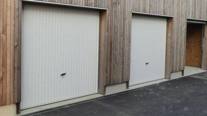 Porte de garage à Lyon : zoom sur le coût moyen d'une réparation